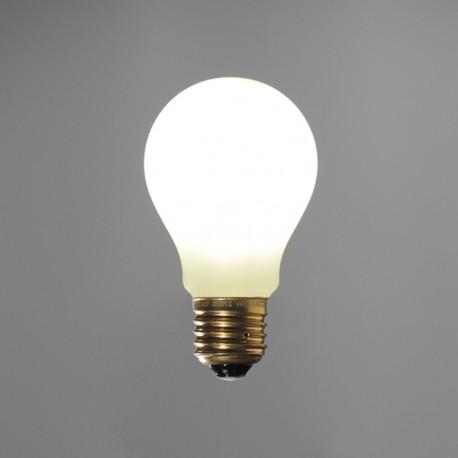 Standard led satinée - E27 - 8W - Falbala-luminaires