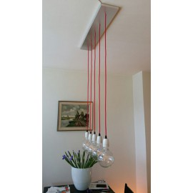 Une suspension simple et design par M.Thomassen