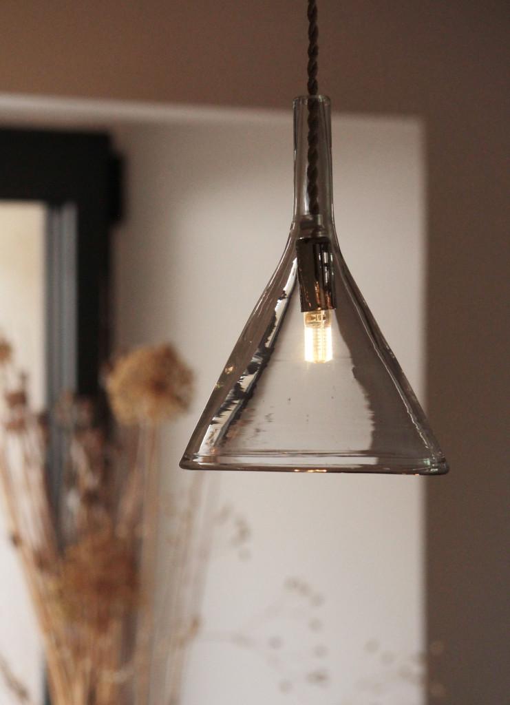 Entonnoirs verreries détail-falbala luminaires